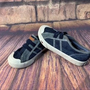 Tommy Hilfiger toddler Canvas Shoes size 10